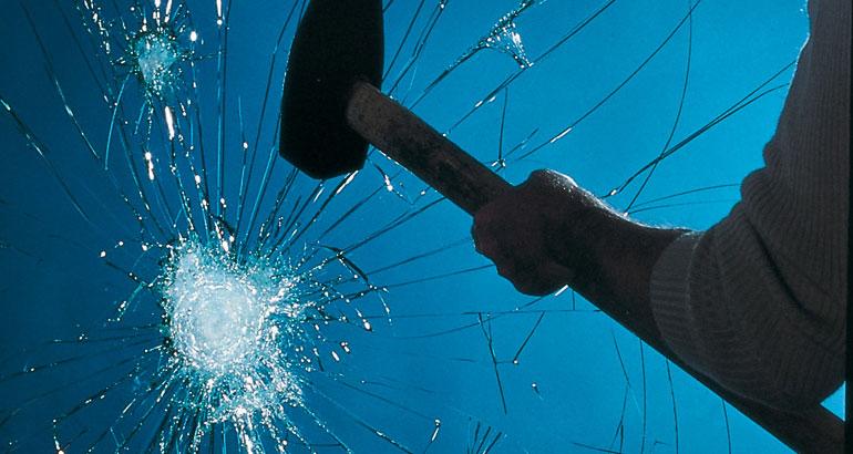 IMAGE_VIT-PROTECT_STOP CHOC PLUS | La référence du vitrage isolant et verrerie du bâtiment