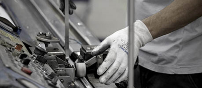 nos-services_profiter-d'une-assistance-globale_visuel2 - VIT spécialiste du vitrage pour les professionnels